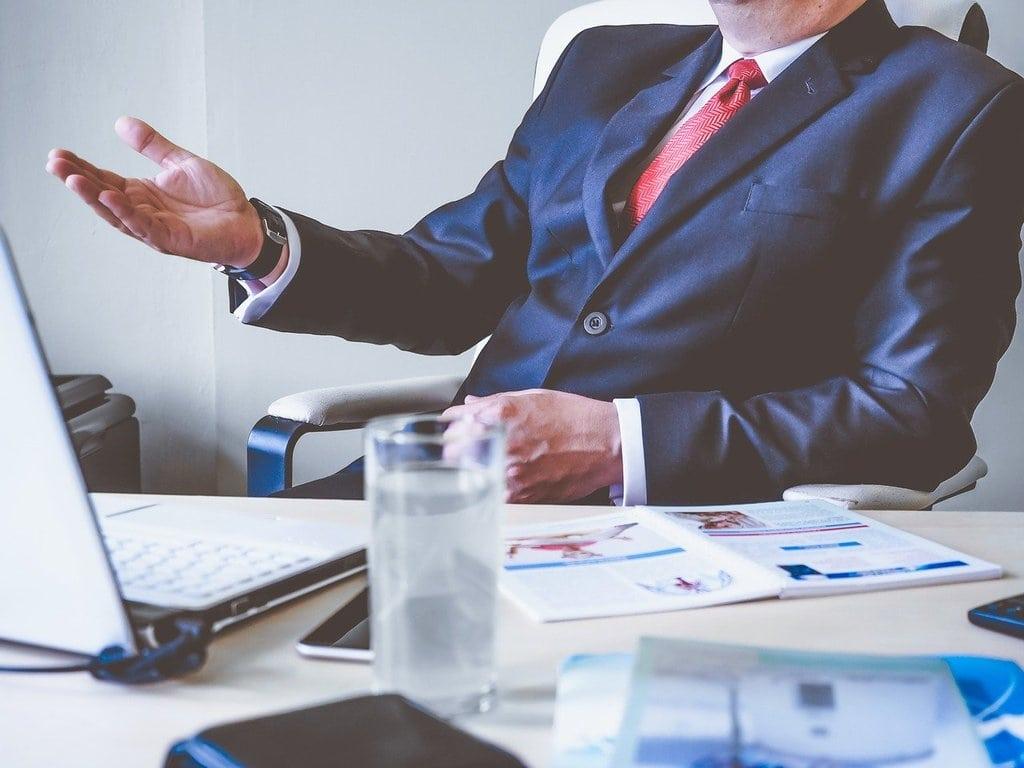 Quelles sont les caractéristiques principales du progiciel SAP ?